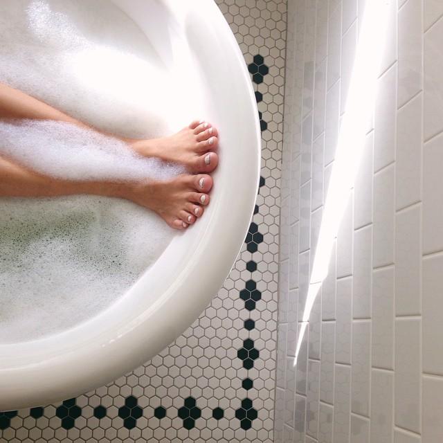 Домашний СПА для ног: 5 рецептов. woman-delice.com