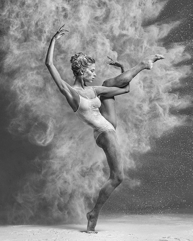 art-of-graceful-ballet-dancing-on-photos-by-alexander-yakovlev-26