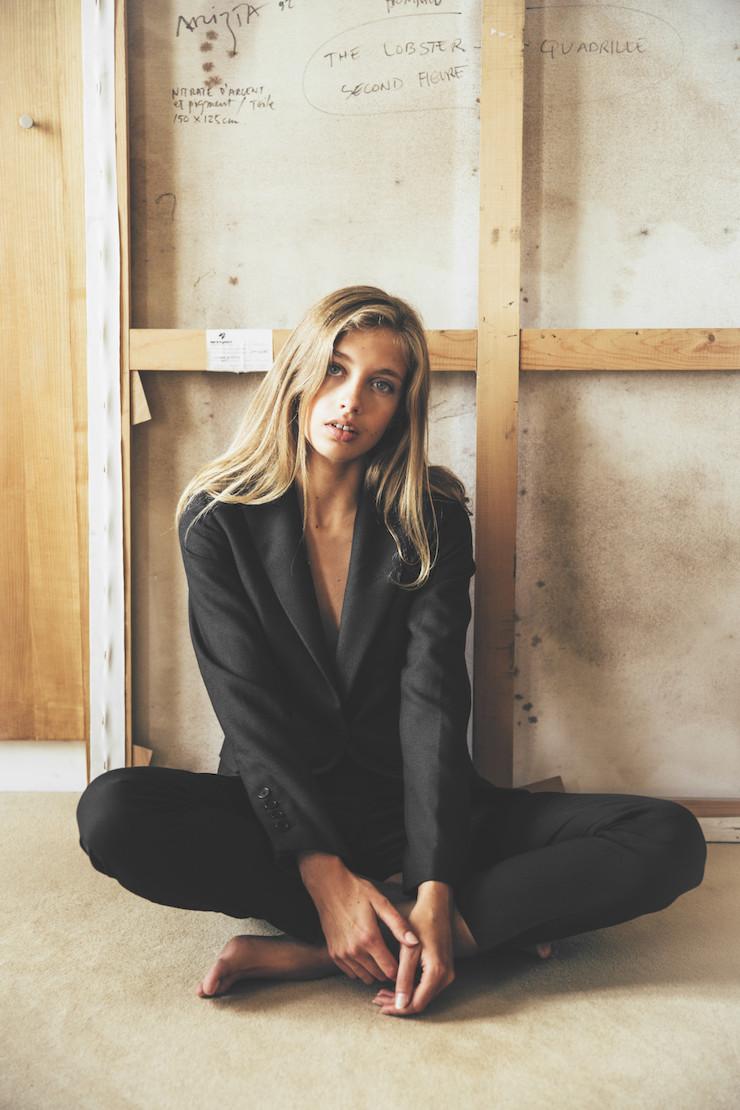 Черный пиджак. Парижские бренды. Camille de Dampierre