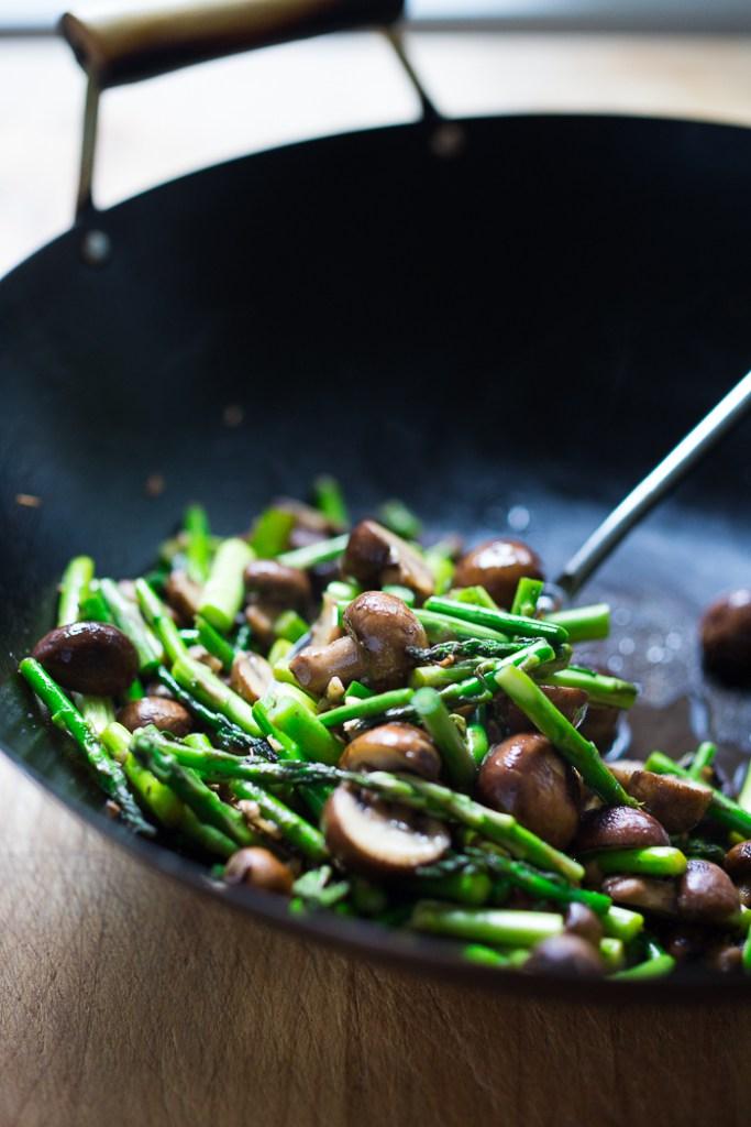 Вок с грибами и тофу. Рецепты с тофу.