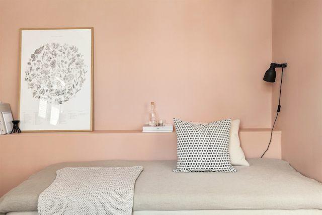 Скандинавский интерьер. Розовые стены.