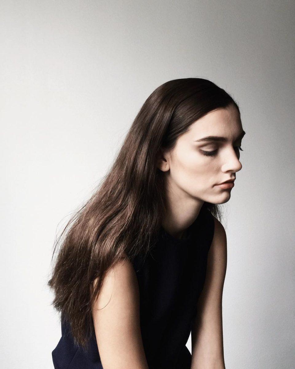 девушка, длинные волосы