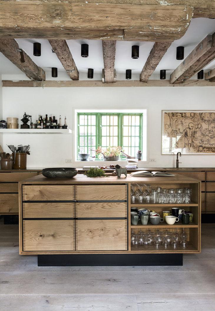 квартира в копенгагене, скандинавский дизайн, декор интерьера, старые дома, деревянный пол, кухня
