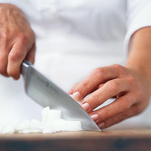 Кухонная утварь: 10 предметов, которые нужны каждой кухне
