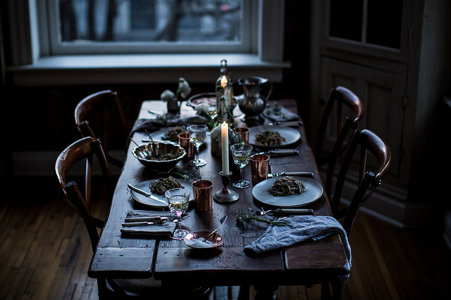 обед за час, декор стола, свечи