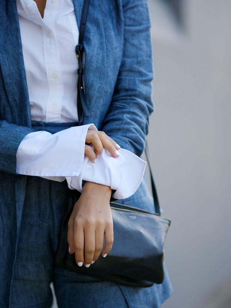Блузка с широкими манжетам, своими руками.