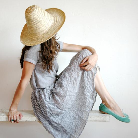соломенная шляпа с высокой тульей