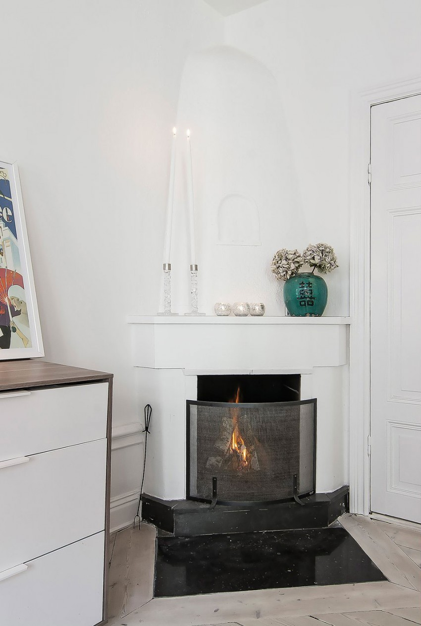 Small-Flat-in-Stockholm-Corner-Fireplace