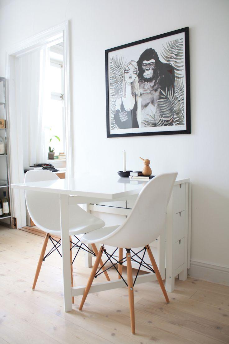 маленький обеденный стол, маленькая кухня, дизайн, интерьер