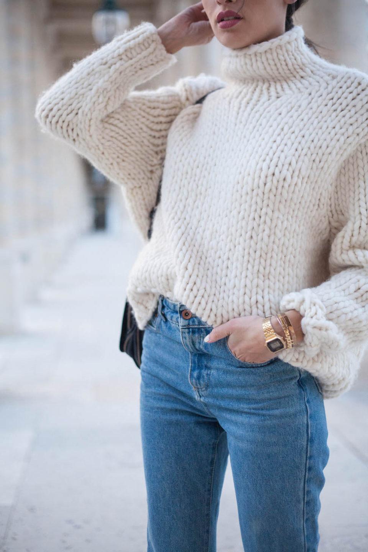 свитер, джинсы
