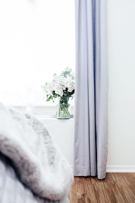 Спальня, декор спальни. Узнайте про 5 простых приемов декора!