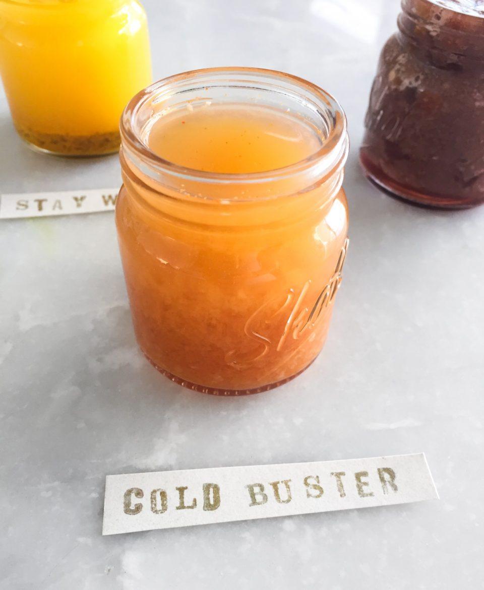 Витаминный коктейль при простуде: мини-шот, который быстро поставит вас на ноги.