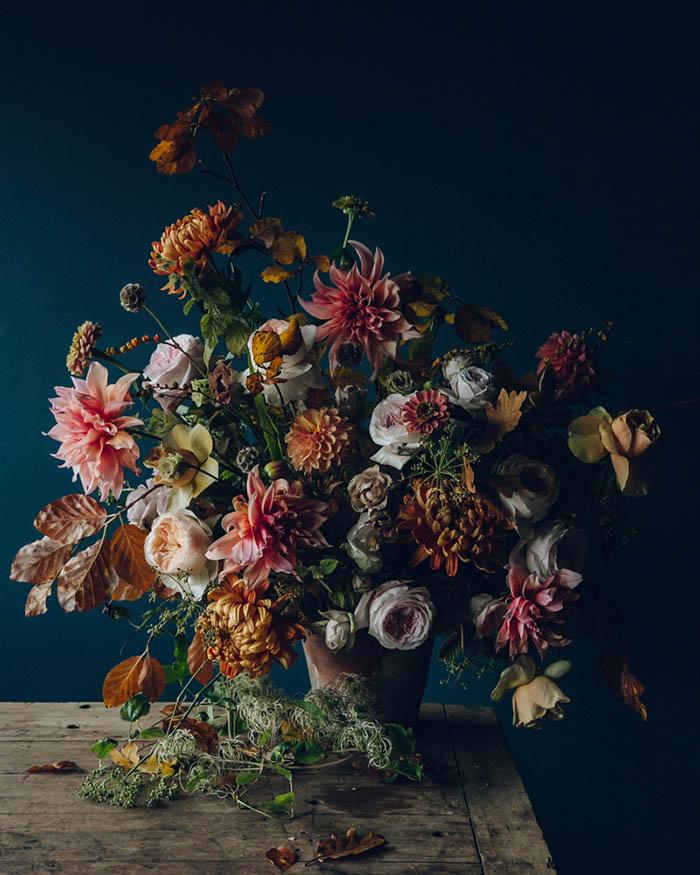 Зимние букеты: схема сбора цветочной композиции из 5 шагов.