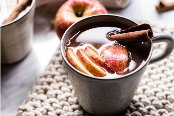 Напитки для зимы - рецепт горячего яблочного сидра из Тироля