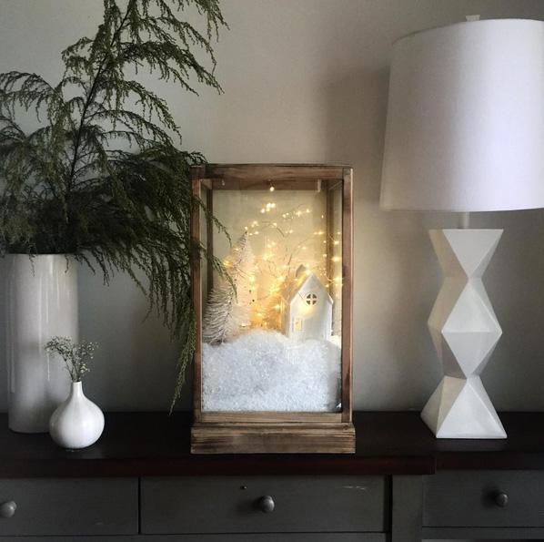 Минималистичный новогодний декор дома