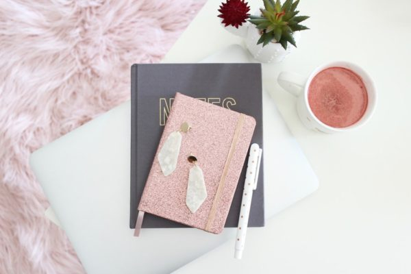 Почему ведение дневника — это не пустая трата времени: 3 причины начать писать