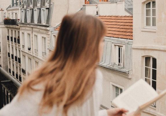 Парижское настроение: 22 образа Audrey Rivet